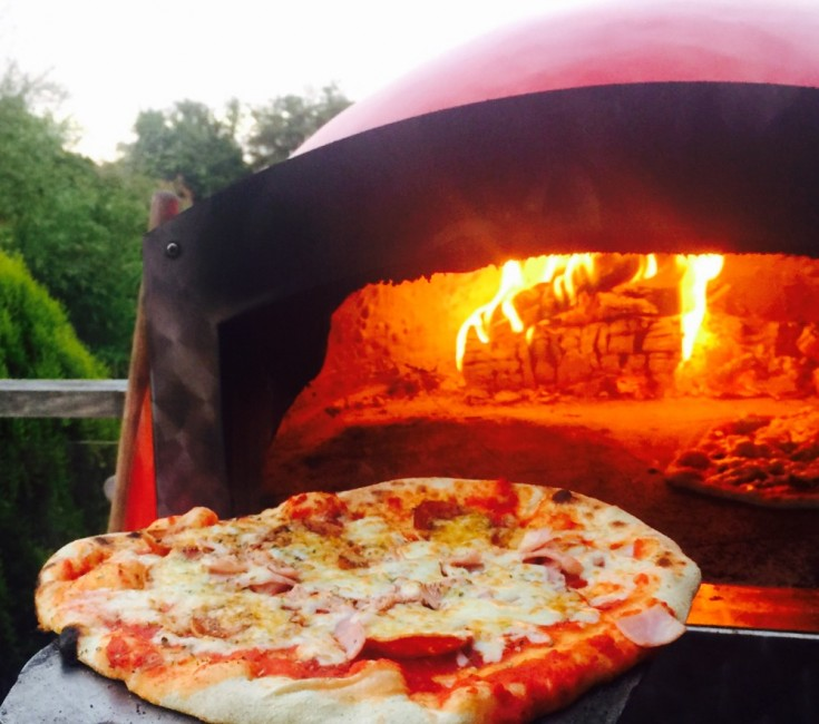 Warwickshire Pizza Catering Stone Baked Pizzas In Warwick
